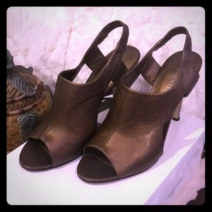 Nine West Bronze Leather Sandals